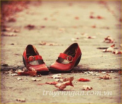 giày đỏ