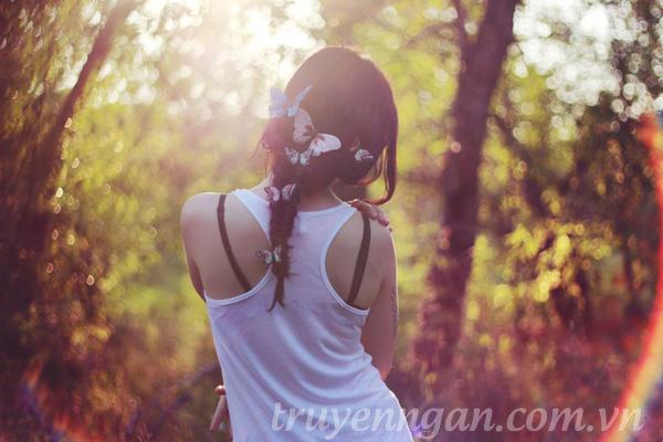 cô gái mơ màng