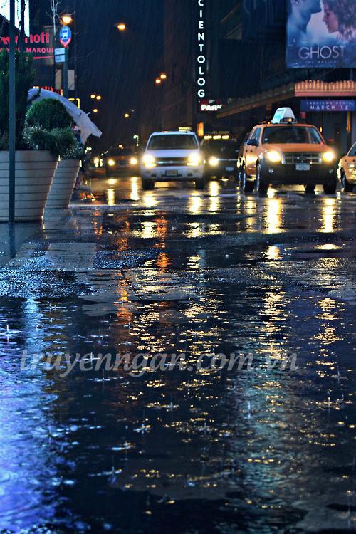 đường về ướt mưa
